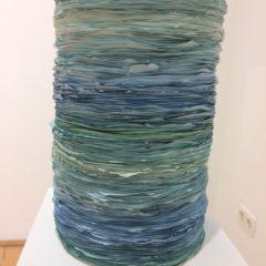 Barbara Höller. Fountain, Acrylfarbe gestapelt, 14x28cm, 2013