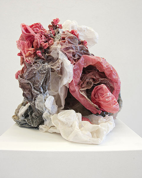 Keiyona Stumpf, Kollision, 2010, 40x40x40cm, Papier, Pigment, Leim